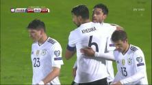 Goooolll!! Jonas Hector mete el balón y marca para Alemania