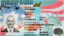 ¿Tienes tu green card vencida? Entérate si te puedes beneficiar de la extensión otorgada por USCIS