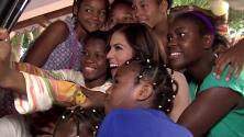 Francisca Lachapel visitó un orfanato en República Dominicana