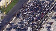 Cientos de personas bloquean parte de la I-95 en Miami en protestas por la muerte de George Floyd