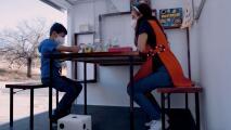 Maestra mexicana crea un aula rodante y conduce cuatro horas al día para seguir enseñando en medio de la pandemia