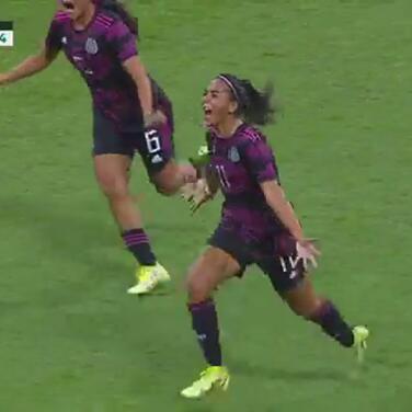 ¡Golazo de México! María Sánchez la cuelga del ángulo para el 2-0