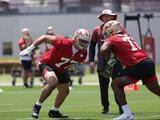 "Coach de 49ers sobre Alfredo Gutiérrez: ""Parece pertenecer al equipo"""