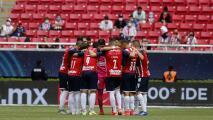 Afición 'escoltará' a Chivas en la entrada del Estadio Akron