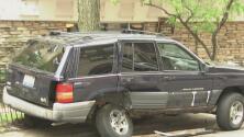 Reportan el robo de un vehículo mientras el conductor estaba dentro del automóvil