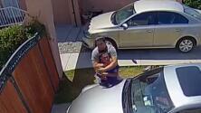 En video: Joven se enfrenta a sujetos armados que trataron de entrar a su casa en un presunto intento de robo