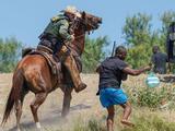 Abbott promete contratar a agentes fronterizos criticados por su trato a haitianos si Biden los despide