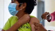 Sindicato de maestros del LAUSD apoya que estudiantes mayores de 12 años deban vacunarse contra el coronavirus
