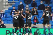 ¡Qué remontada! Tras ir perdiendo 0-2 ante el Manchester City, Brighton and Hove Albion hizo lo que nunca había hecho y derrotó a los de Pep Guardiola 3-2 en la penúltima fecha de la Premier League. Gundogan y Phil Foden le daban la victoria parcial a los 'cityzens', pero Trossard, Webster y Burn le dieron la alegría más grande al equipo local.