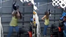 Mujer trata de matar a su gato con sus propias manos