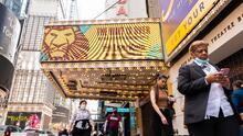 Broadway abre sus puertas este martes a plena capacidad tras 18 meses de cierre