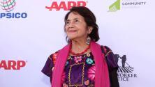 Nombran escuela en honor de Dolores Huerta en el sur de California