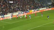 Autogol del Rangers y Olympique Lyon ya puso el 0-2 en Escocia
