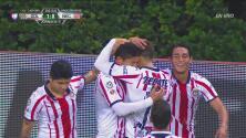 ¡Gol de Chivas! Ángel Zaldívar puso el primero
