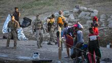 Organizaciones haitianas en el norte de Texas se movilizan para ayudar a sus compatriotas en la frontera