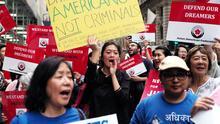 Corte de apelaciones rechaza nuevas inscripciones de DACA mientras continúa juicio