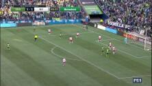 Jordan Morris culmina una gran jugada colectiva de Seattle