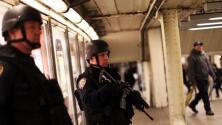 Refuerzan la seguridad en el metro de Nueva York por violentos ataques