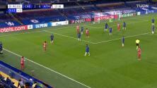 ¡GOL!  anota para Chelsea. Emerson Palmieri dos Santos