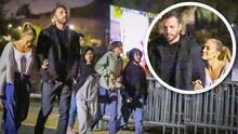 Feliz y del brazo de Ben Affleck: las fotos de JLo yendo al cine con el actor y sus hijos