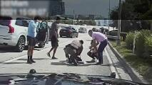 Policía salva a un bebé de 1 año que estaba inconsciente en la autopista I-95