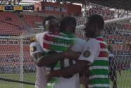 ¡Sorprende Surinam! Haps revienta el poste y Vlijter anota el 1-0