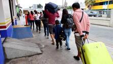 """""""Estamos dispuestos a esperar"""": decepción entre los solicitantes de asilo ante la reactivación del programa 'Quédate en México'"""