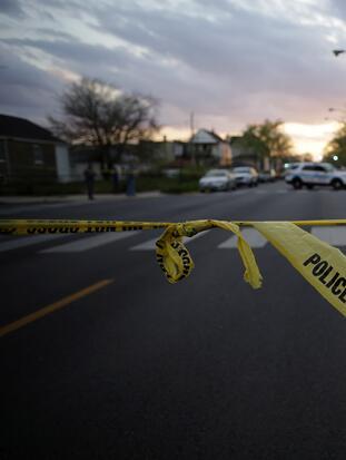 La violencia sigue afectando a la comunidad de Chicago en medio de la pandemia.