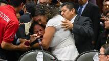 """""""¡Asesinaron a mi hija!"""", el dolor de una diputada mexicana cuando le informan de la muerte de su hija en plena sesión"""