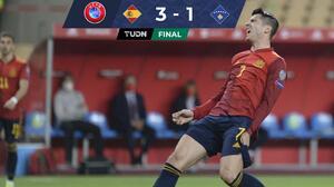 Luis Enrique se atora en un elevador, pero España gana a Kosovo
