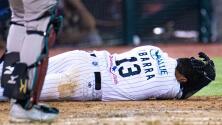 Vaya golpe… Beisbolista recibe tremendo pelotazo en el rostro en Liga mexicana