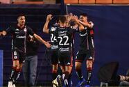Atlético de San Luis le pega a Chivas en el arranque de la J3