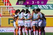 Resumen   Necaxa logra una cómoda victoria de 3-0 sobre Mazatlán