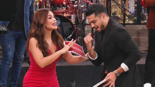 """Karina le dijo a Roberto cómo bailar el """"que sí, que sí"""" y él le recordó su tercer lugar en Mira Quién Baila"""