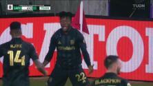 ¡Fogonazo! Kwadwo Opoku marca el segundo gol para el LAFC