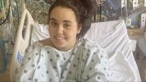"""""""Si eres elegible para recibir la vacuna, póntela"""": el mensaje de una adolescente hispana que estuvo en coma tras enfermar con covid-19"""