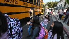 El propósito detrás de la creación de una base de datos sobre los contagios por coronavirus en escuelas de Los Ángeles