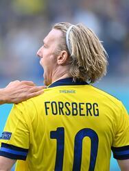 Suecia, de último minuto, derrota a Polonia 3-2 en el Grupo E de la Euro 2020 y califica como primer lugar a Octavos. Emil Forsberg anotó doblete durante el encuentro y Viktor Claesson se encargó de anotar el tercer tanto, mientras que el gol de Robert Lewandowski no le alcanzó a la escuadra polaca y queda fuera de la competencia.