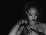 """Rihanna estrena video de """"Kiss It Better"""""""