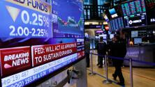 Por primera vez desde la recesión en 2008, la Reserva Federal recorta las tasas de interés