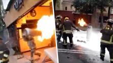"""(Video) Bombero carga tanque de gas en llamas: """"Fue heroico lo que hizo"""""""
