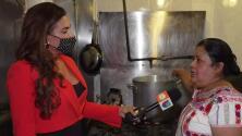 """Restaurante en NY sirve comidas y ayuda a las familias inmigrantes bajo el lema """"no más deportaciones"""""""