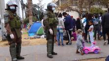 Oleadas de migrantes son desalojados por el rechazo de los residentes de una ciudad en Chile