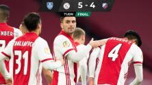 ¡Partido de locura! Ajax y Edson avanzan en la Copa de Holanda