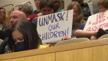 Junta Escolar de Charlotte-Mecklenburg vota a favor del uso obligatorio de mascarillas