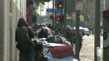 'Los Ángeles en un Minuto': alerta en la ciudad por varios casos de indigentes con hepatitis A