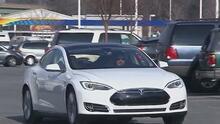 Líderes texanos le dan la bienvenida a la sede de Tesla a Austin