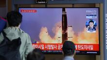 Las dos Coreas disparan misiles al mar aumentando la tensión en la región