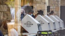 ¿Qué dicen los proyectos que amplían las restricciones al voto en Texas y que demócratas rechazan? Te explicamos