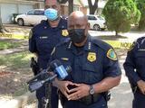 Hallan muertos por disparos a dos adultos y dos menores dentro de una casa incendiada en Texas